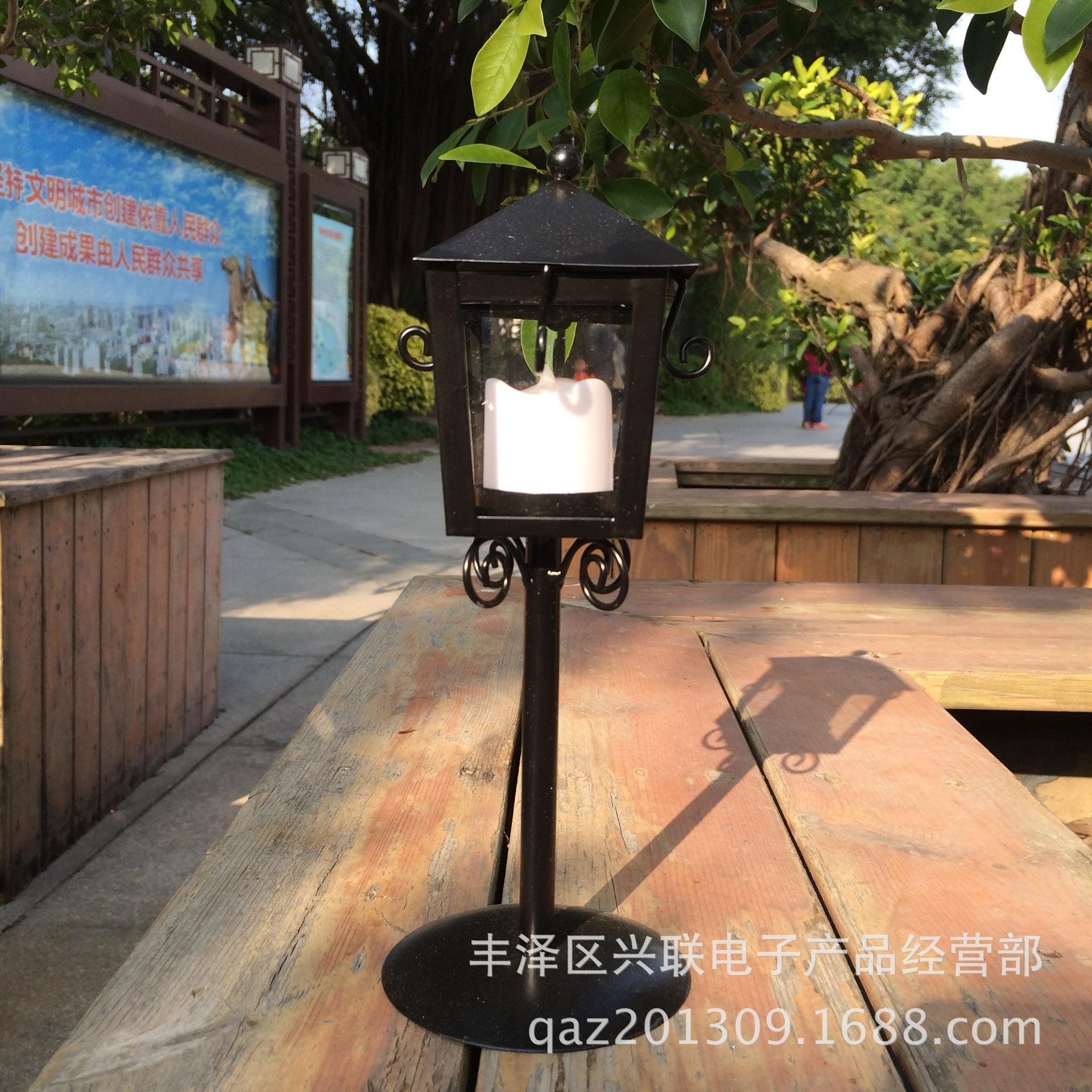 新款复古做旧铁艺烛台 欧式亭子蜡烛台 创意家居金属工艺摆件批发
