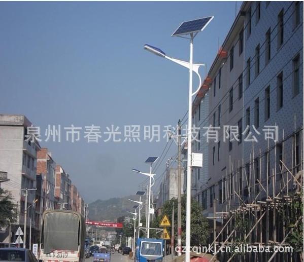 春光28W太阳能路灯工程4