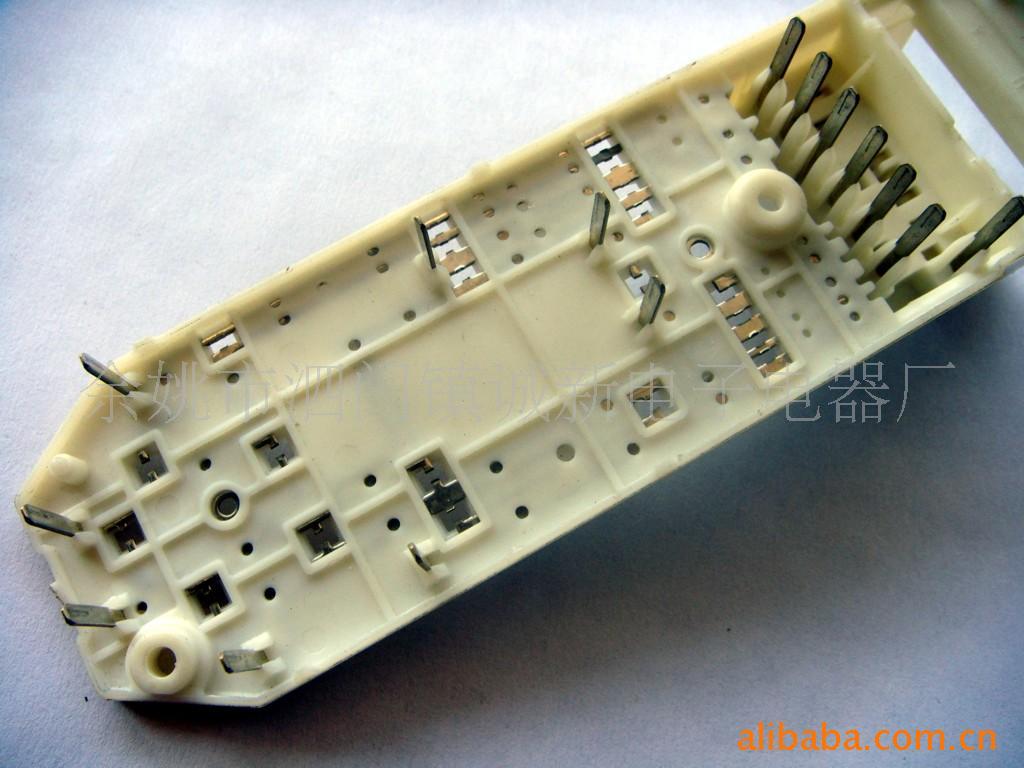 长期供应汽车电器仪表铜接触片  充电器接触片